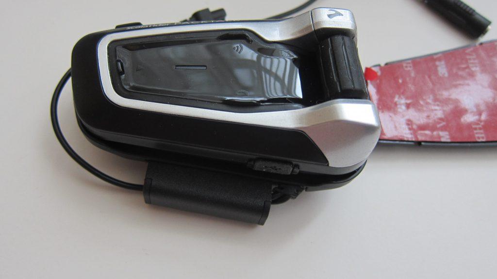 мотогарнитура пактолк установленная в комплект крепления на шлем